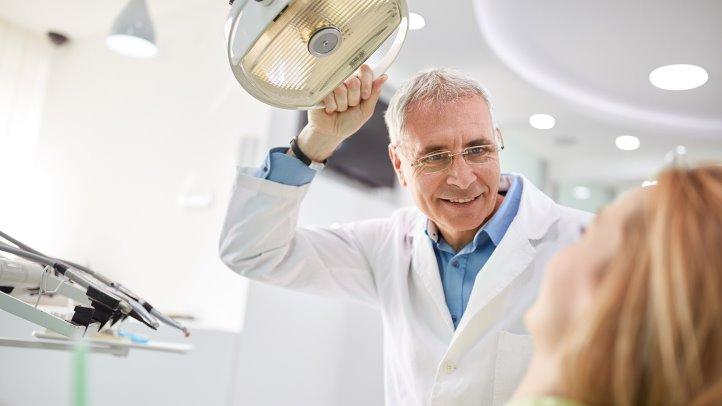 Как часто необходимо посещать кабинет стоматолога